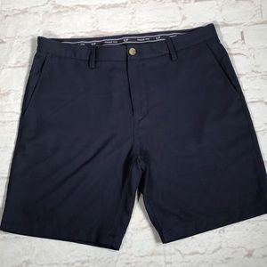 Vineyard Vines shorts. Size 36. Links Short. Navy